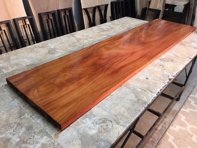 Material Furniture Kayu Mahoni