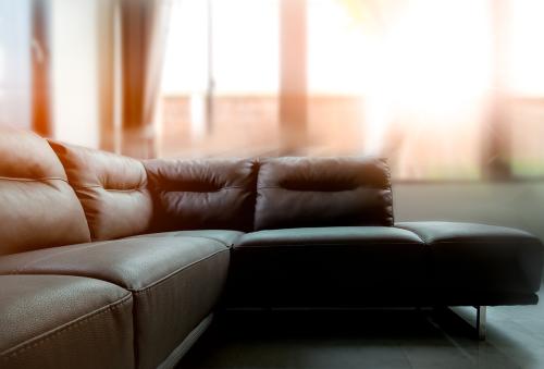 Paparan Sinar Matahari pada Sofa