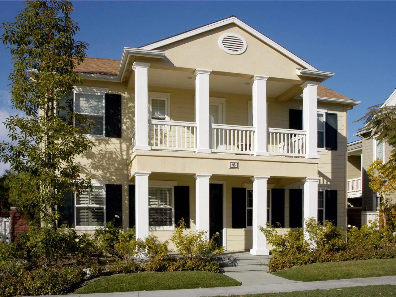 desain rumah mewah dengan pilar