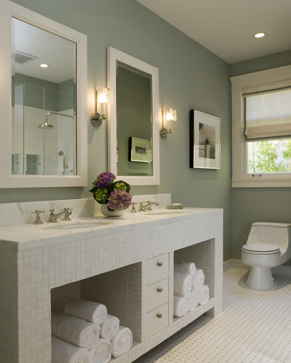 kamar mandi light sage