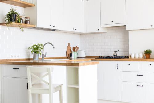 Small Kitchen with U Shape