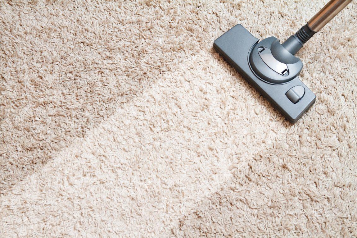 Tips Pembersih Karpet Dengan Benar