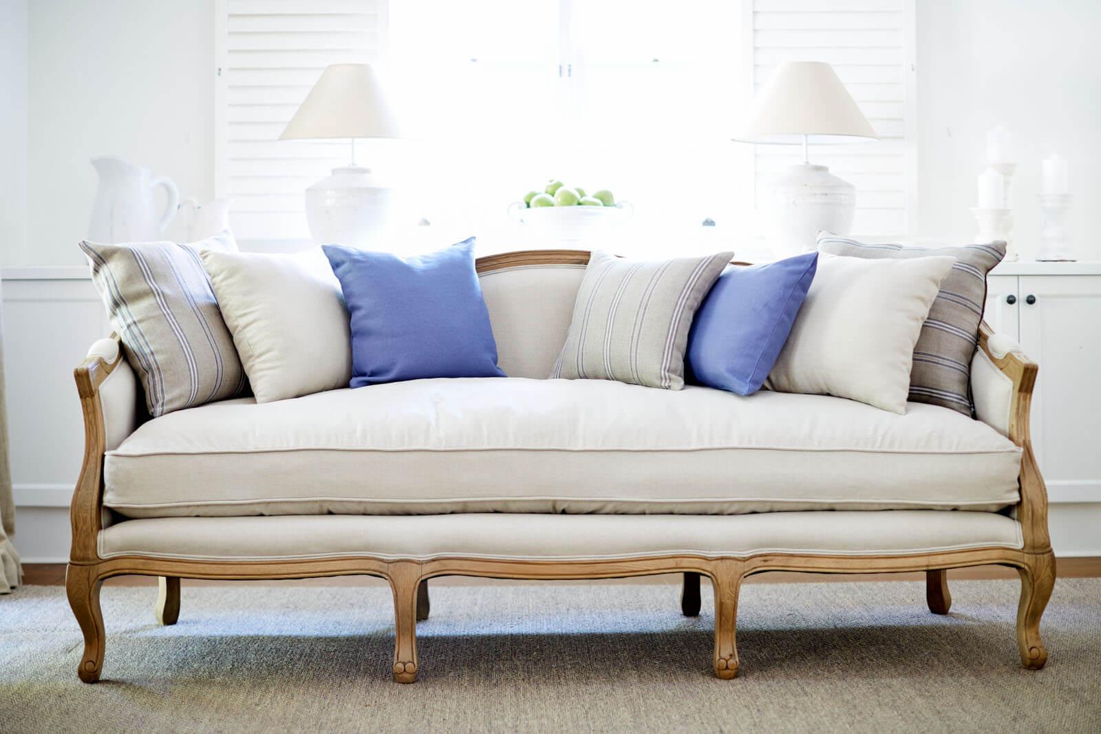 sofa ruang tamu cabriole