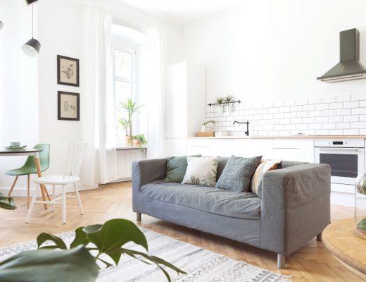 10 Tips Mudah Membuat Rumah Selalu Sejuk Alami