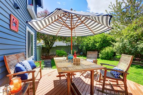 Payung dan Furniture Outdoor Rumah