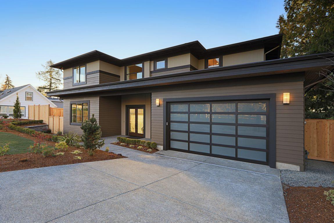 Desain Garasi Rumah Modern yang Minimalis