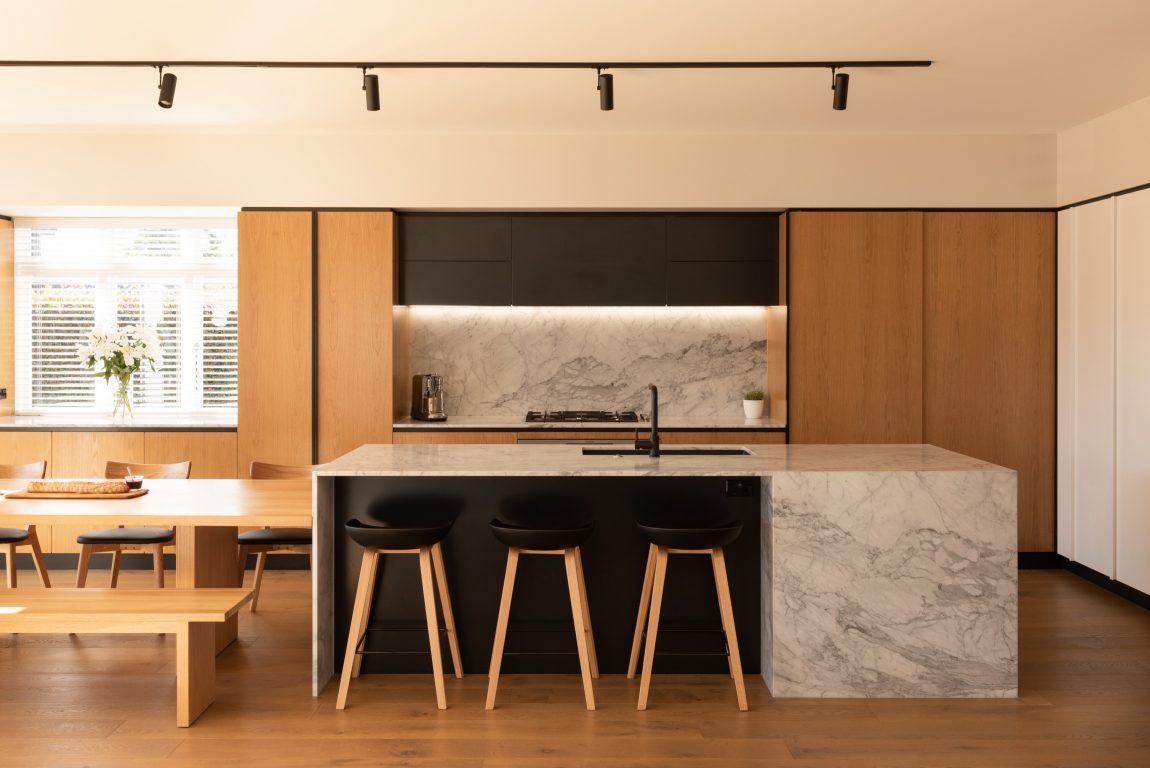 Furniture Built In yang Hemat Ruang