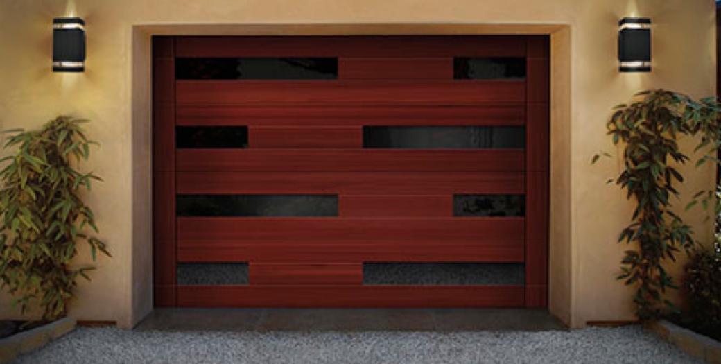 garasi pintu kayu