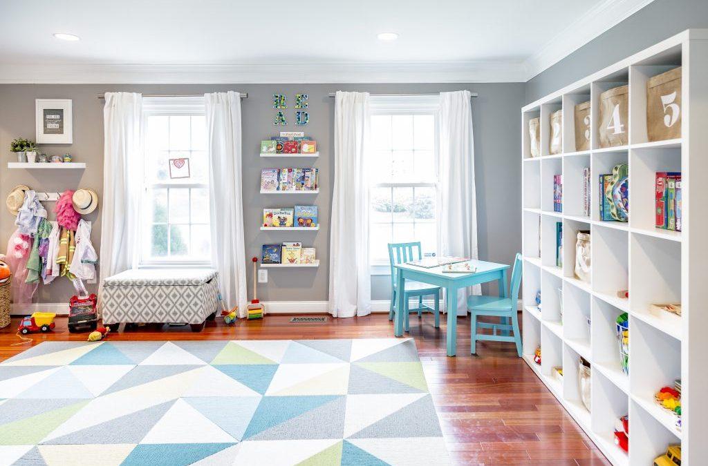 jaga kebersihan lantai ruang bermain anak
