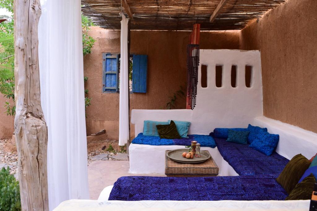 Dinding yang terbuat dari tanah di arsitektur maroko - Ciri Gaya Desain Arsitektur Maroko yang Eksotis