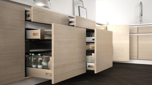 Kitchen Cabinet dengan Banyak Ruang Penyimpanan