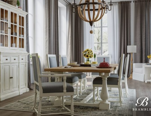 Ruang Makan American Style dari Bramble Furniture