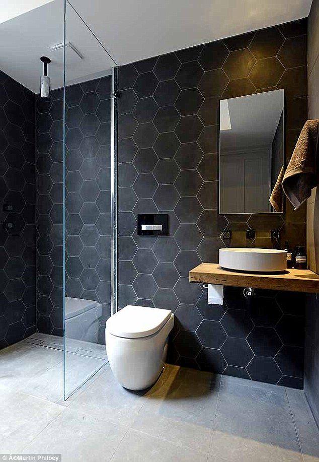 Motif heksagonal ubin kamar mandi