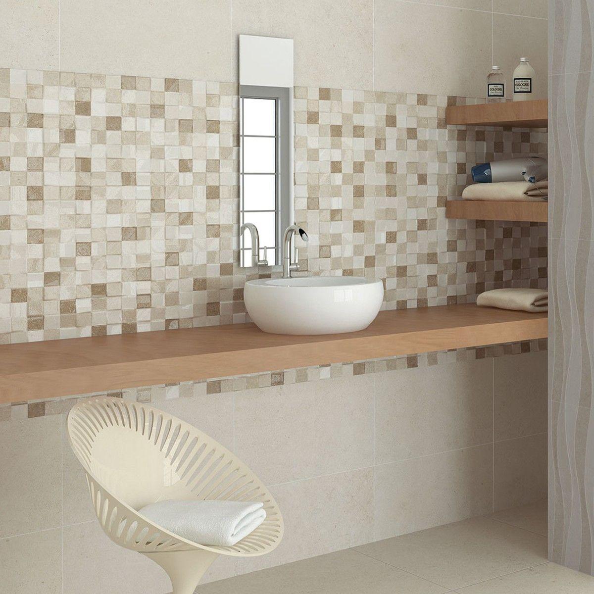 Motif mosaik ubin kamar mandi