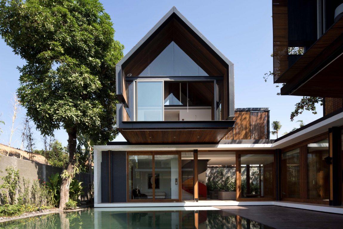 Desain Arsitektur Bali Berupa Rumah Modern