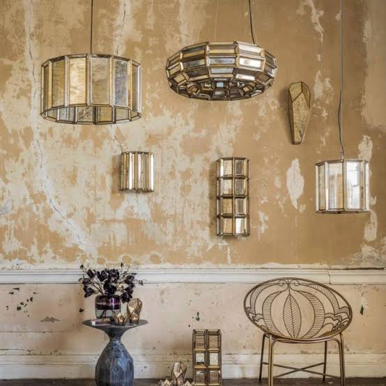 Lampu khas Art Deco