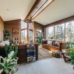 Rumah Jungalow, Kombinasi Konsep Hutan dan Modern dalam Rumah