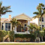 7 Ciri Desain Rumah Tropis yang Modern dan Ideal