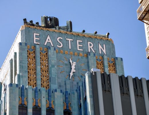 Eastern Columbia Building - Desain Art Deco