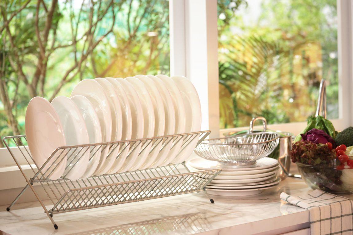Jenis Model Rak Piring untuk Melengkapi Dapur Rumah