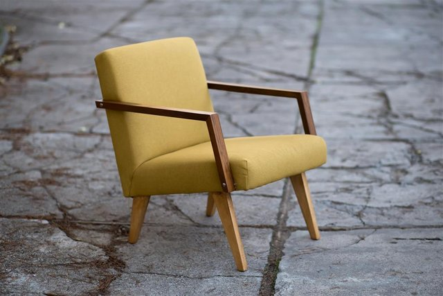 Minimalist chair model in neutral colors