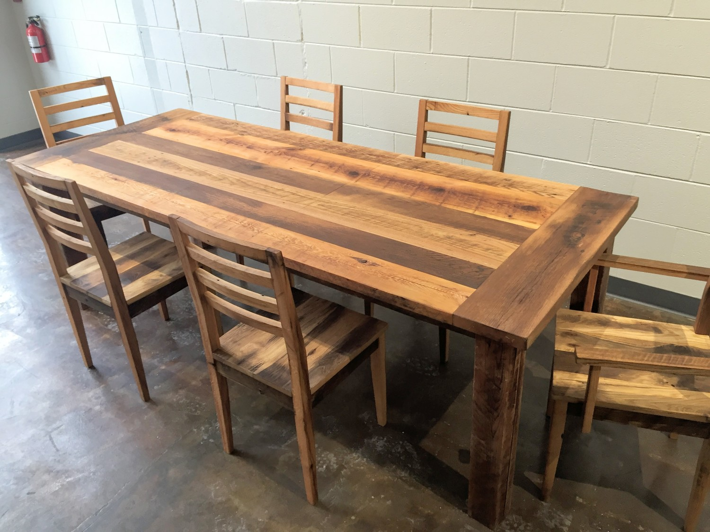 4 furniture kayu meja makan