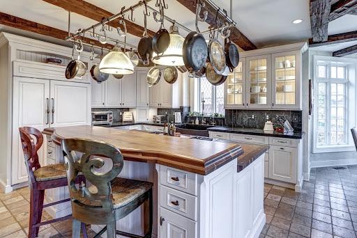 6 desain interior dapur klasik