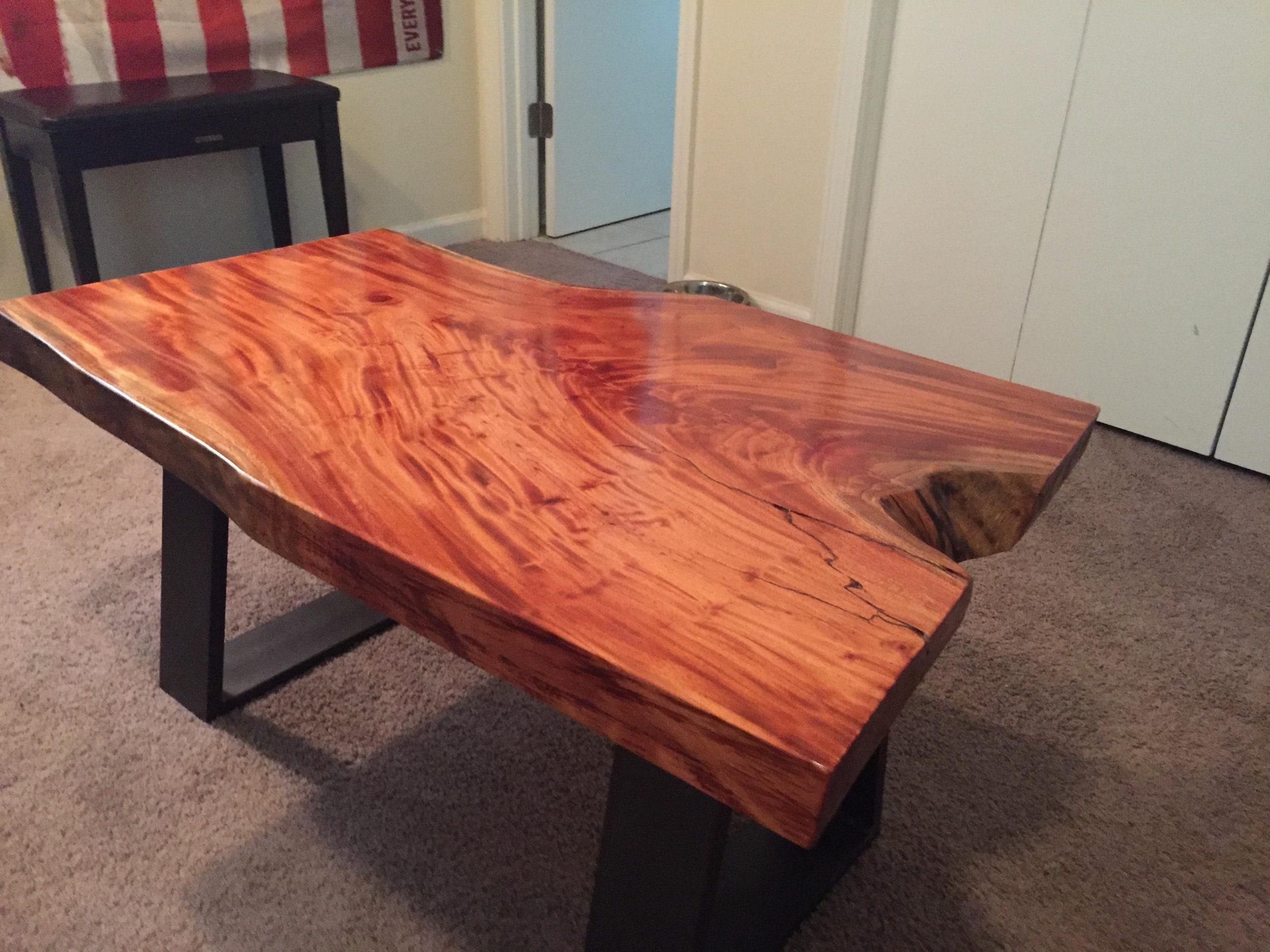 2 meja kayu mahoni