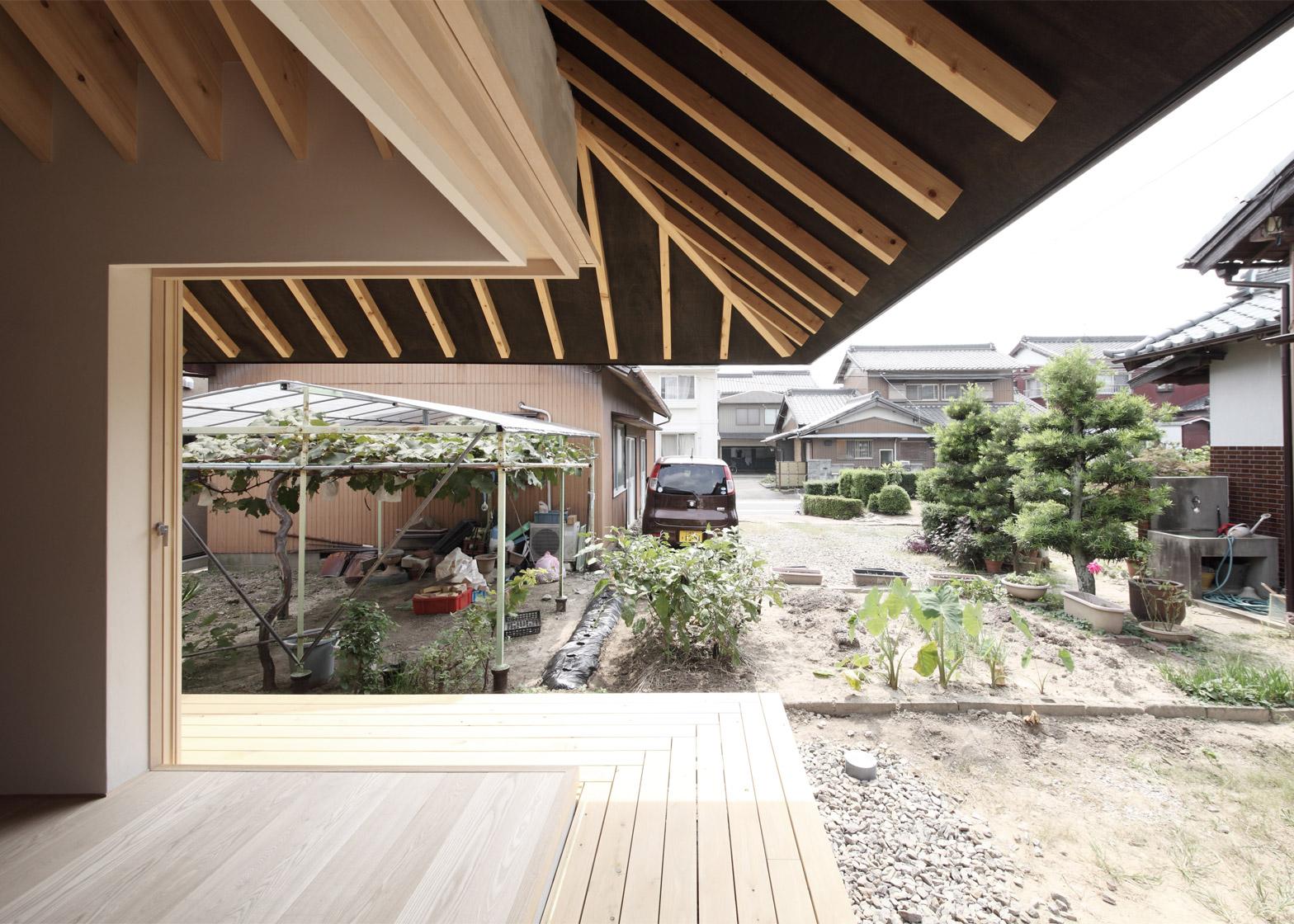 rumah modern jepang beranda - Inspirasi Dekorasi Rumah Modern Jepang ini, Memberikan Kesan Nyaman & Menyenangkan