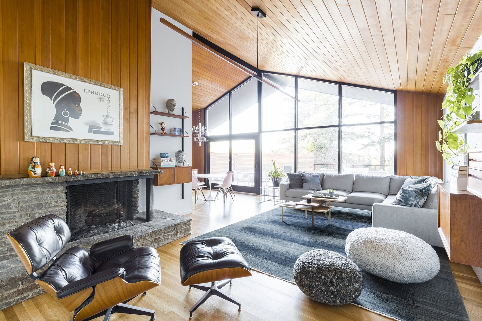 7 desain interior mid-century modern