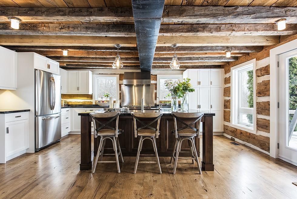 desain Rumah rustic modern dengan furniture etnik