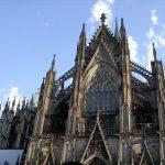6 Bangunan Gotik Paling Megah dan Terkenal di Dunia